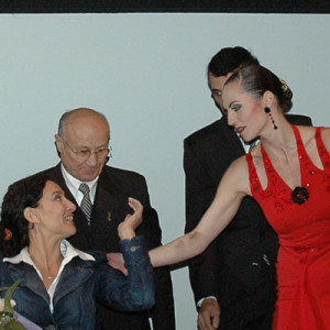 Nicole Nau & Vice President Gabriela Michetti in the show of Luis Pereyra Cafe de los Angelitos in