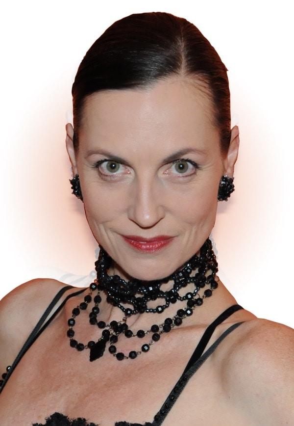 Nicole Nau Portrait