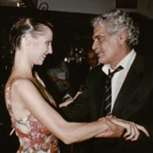 Omar Sharif congratulated Nicole Nau to show